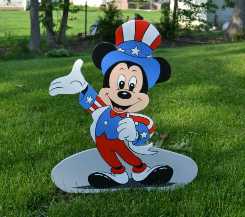 Lawn stake yard art Mickey Mouse July 4th Independence Day American flag