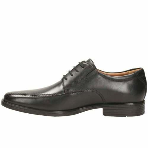 Clarks Tilden Walk Mens Wide Lace-Up Derby Shoes