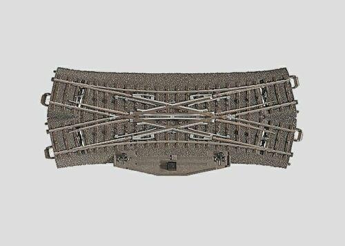 Märklin H0 24624 C-Gleis Doppelkreuzungsweiche mit Elektroantrieb Neuware Topp