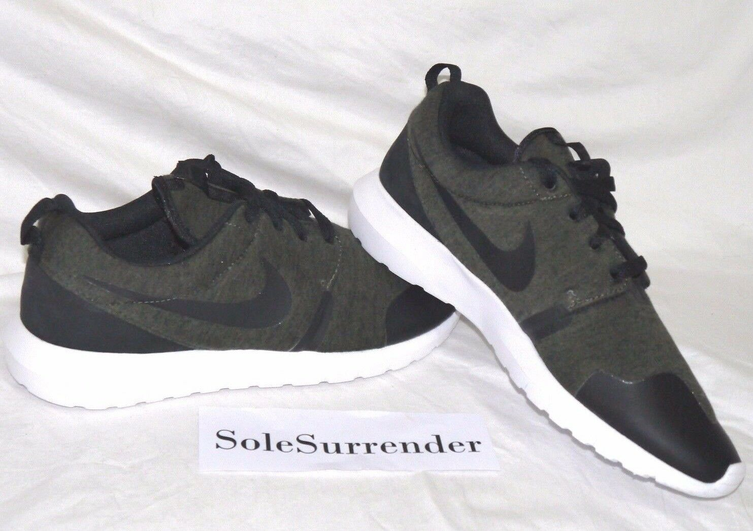 Nike Roshe NM TP Tech Fleece - - SIZE 9 - - 749658-301 Olive Black White Rosherun QS 95e1b2