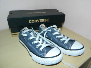 kids-navy-textile-Converse-lace-up-plimsolls-trainers-uk-12-eur-30-boxed