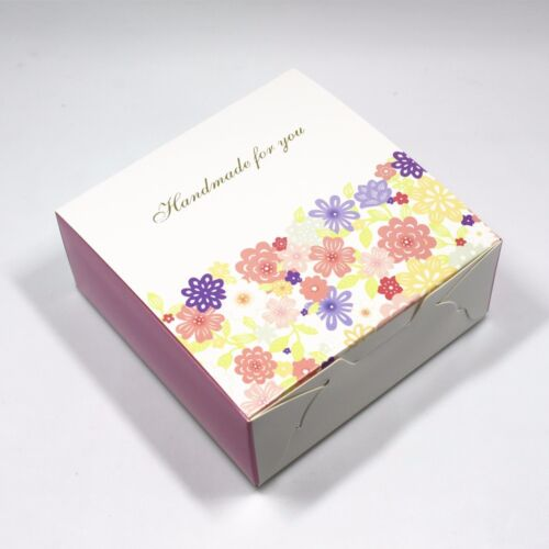 White Kraft Paper Packing Box for Cake Candy Chocolate Wedding Favour Boxes