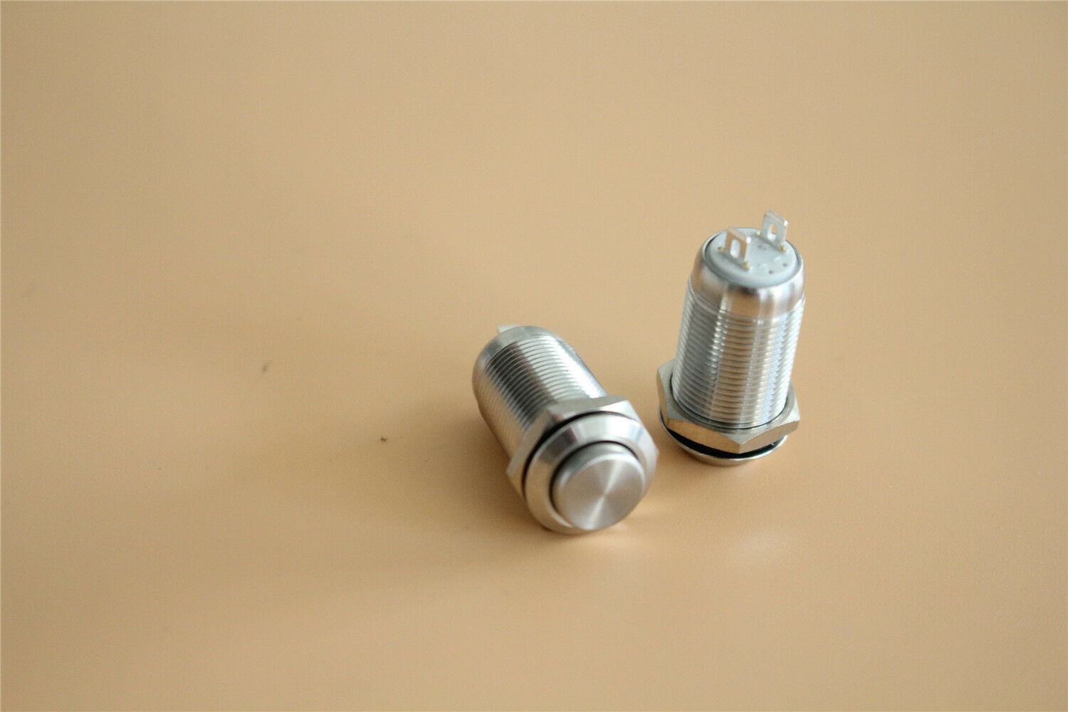 Switchcraft Push button Switch 0N275463-2 Lot Of 2 V45