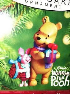 HALLMARK-Keepsake-2001-JUST-WHAT-THEY-WANTED-Winnie-The-Pooh-CHRISTMAS-ORNAMENT