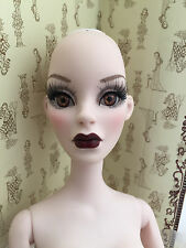 Evangeline Ghastly Green With Envy Parnilla, nude DOLL only - Tonner Wilde