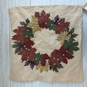 Pottery Barn Holiday Embroidered Wreath Pillow Cover 24 X