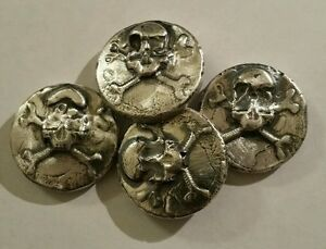 1 Oz 999 Silver Hand Poured Skull And Crossbones Art Bar