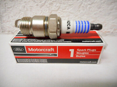 SP420A FORD BSF42CA SPARK PLUGS FOR 289,302,390 V8,NEW GENUINE