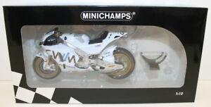 Minichamps-1-12-Scale-122-151135-Honda-RC213V-LCR-Honda-Cal-Crutchlow-2015