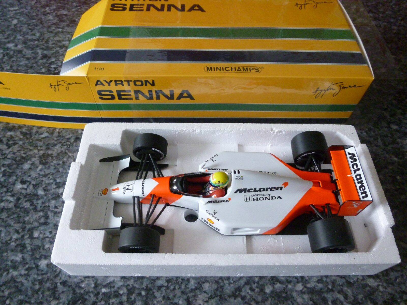 Minichamps 18th McLaren Honda MP4 7 1992 Ayrton Senna