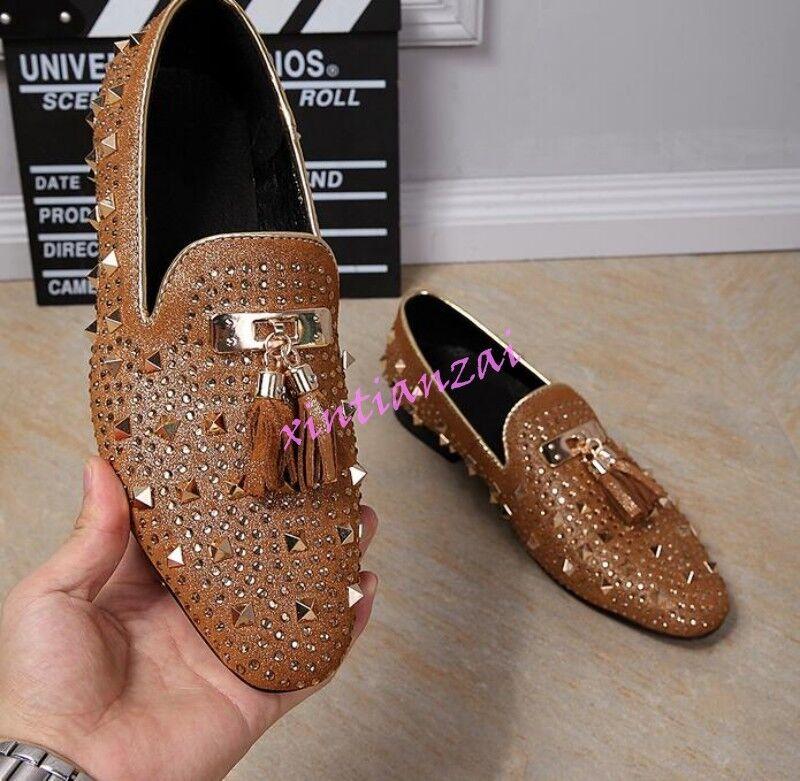 Uomo Tassels Loafer studded Rivet spikes Casual Rock Pelle Oxfords Dress Shoes