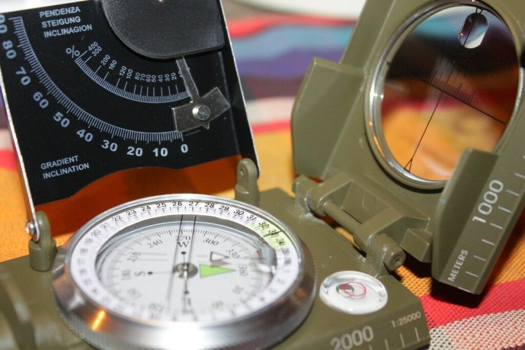 Kompass Herbertz neu Marschkompass flüssigkeitsgedämpft 360°  | | | Verkaufspreis  50a98d