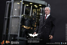 Hot Toys The Dark Knight Batman Armory Batman & Alfred Pennyworth Figure Set