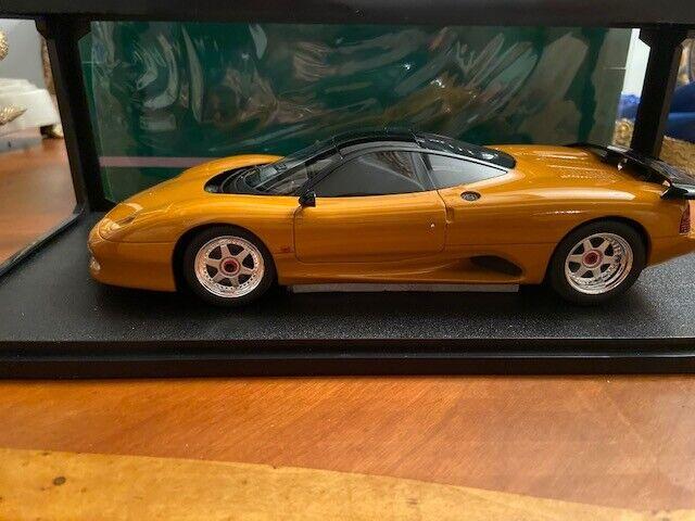 Cult Models 1990 Jaguar XJ-R Orange metallic in 1 18 Scale New Release