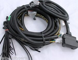 toyota landcruiser 70 series towbar wiring harness from sept 09 u003e new rh ebay com au toyota fj cruiser radio wiring harness toyota land cruiser radio wiring harness