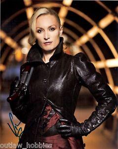Victoria-Smurfit-Dracula-Autographed-Signed-8x10-Photo-COA