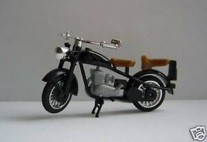 DKW-RT-125-Motorrad-Fahrzeuge-der-DDR-N-31