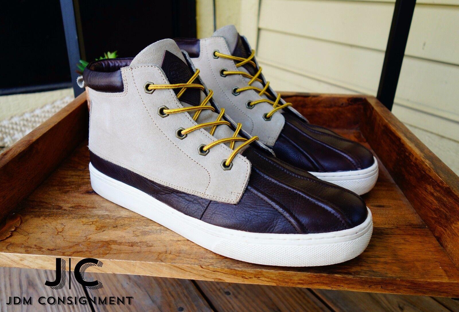 Amongst Friends Duckies Sneaker Duck Boot 10.5D in Tan Suede