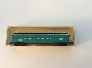 Minitrix-3106-2-N-scale-034-Penn-Central-034-70-ton-covered-gondola