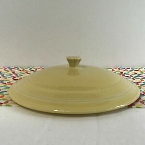 Fiestaware-Yellow-Covered-Casserole-Lid-Fiesta-Retired-Style-LID-ONLY