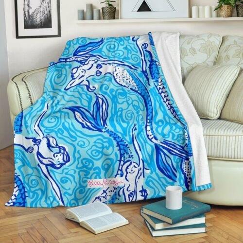Nice Tail Lilly Pulitzer Premium Blanket