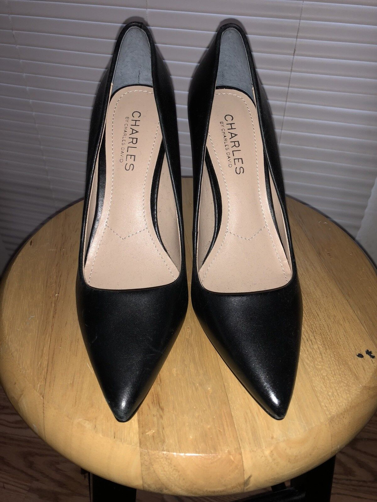 Charles by charles david leather nero donna pumps 5.2