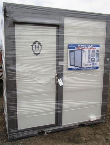 Bastone Portable Restroom w/ Showers