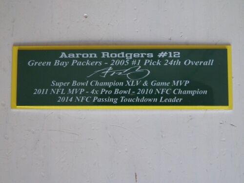 Brett Favre Autograph Nameplate Green Bay Packers Autograph Jersey Helmet Photo