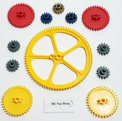 "2.25/"" Medium Red 12 KNEX Gears Lot Large 5/"" Yellow Crown Blue Gray Gold K/'NEX"