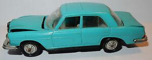 Vieux Norev fabriqué en France 1967 Mercedes-benz 250 Se Vert Ref 21-5a 1/43