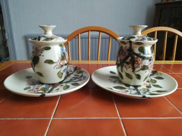 !!! Ridotto!!! Due Gwili Art Pottery Pane Contenitori E Piastre. Corrispondenza Set. Perfetto.