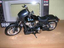 Maisto Harley-Davidson Sons of Anarchy 2006 FXDBI DYNA Street Bob Alex Tig 1:12