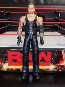 WWE-Mattel-action-figure-BASIC-Series-The-UNDERTAKER-Scary-toy-PLAY-Wrestling