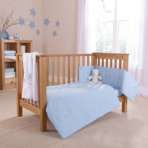 Clair de Lune Starburst 2 Piece Cot Bed Quilt /& Bumper Bedding Set