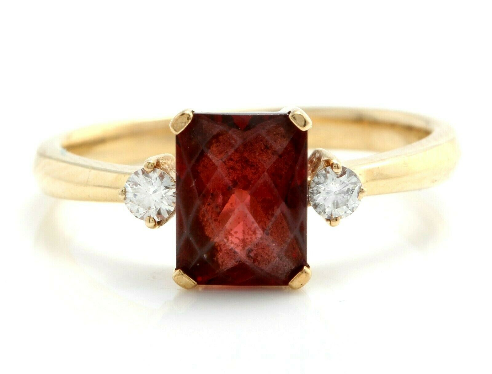 2.00 Carat Natural Red Garnet and Diamonds in 14K Solid Yellow gold Ring