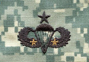 Lot-of-20-Army-Airborne-Senior-Combat-Parachutist-Award-Embroidered-ACU-Patches