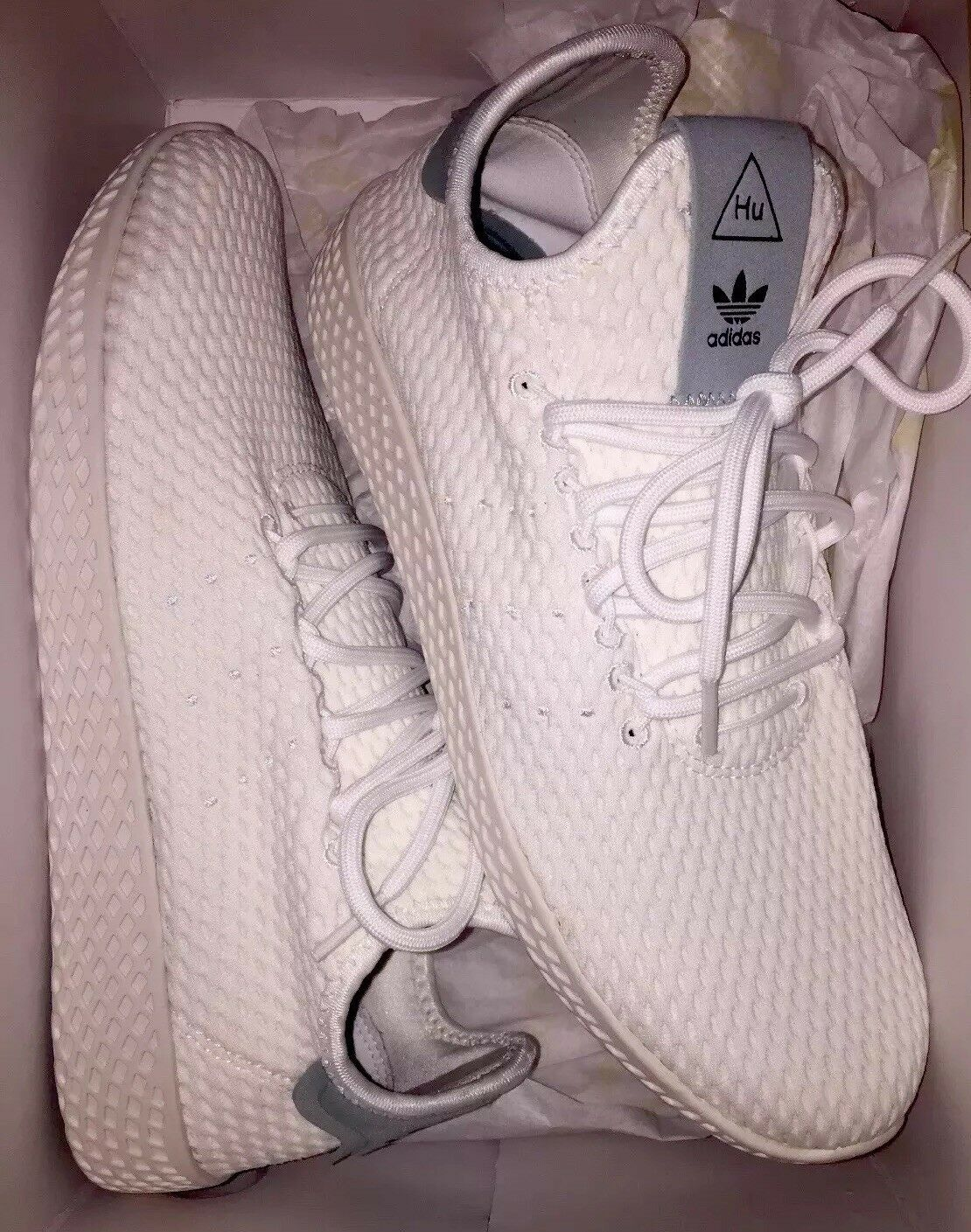 Pharell Williams Adidas White Women's Size 8.5