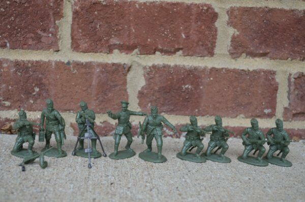 WWII German Infantry Defense Set Russians Soldiers 60MM Expeditionary Force