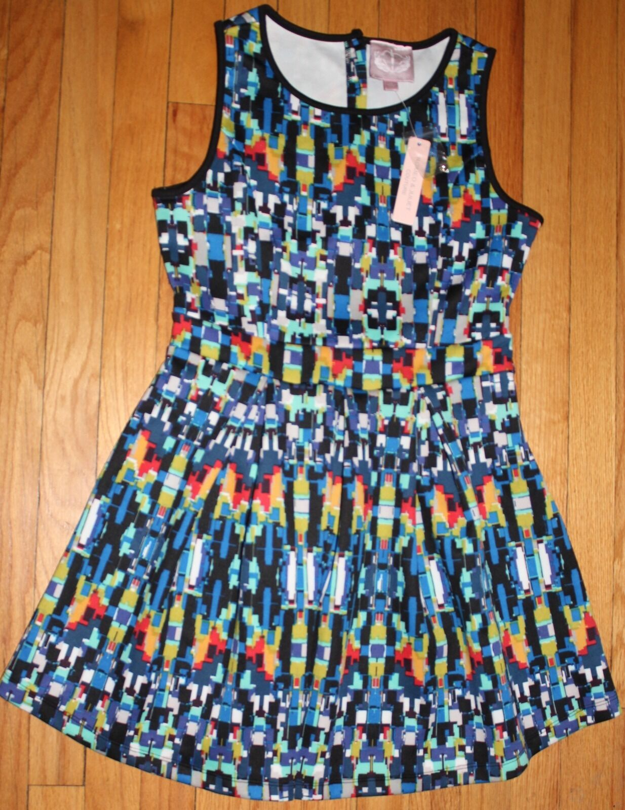 ROMEO & JULIET COUTURE MULTIcolorD PLEATED CASUAL DRESS SZ MEDIUM