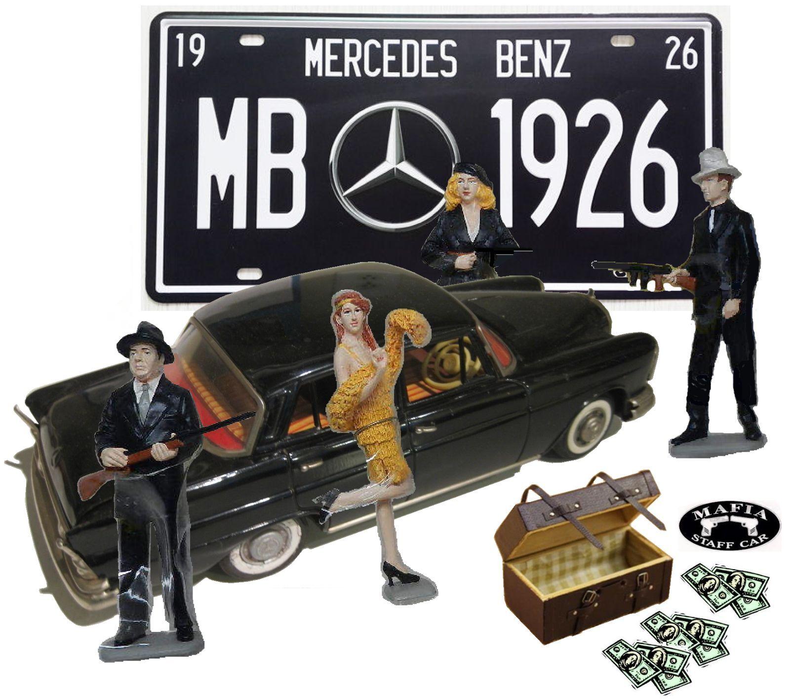 Coche VINTAGE TIN ficción Mercedes Benz 220-S (Cragstan Finny) Mafia tema Diorama