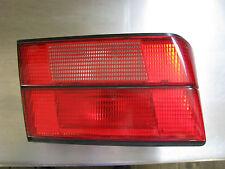 Valvole Posteriore Luce BMW 520 i a sinistra anno 1990 e 34