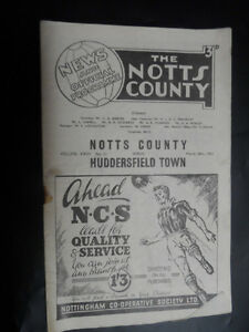1952-3-Football-programme-Notts-County-v-Huddersfield-Town-28th-March-SP438