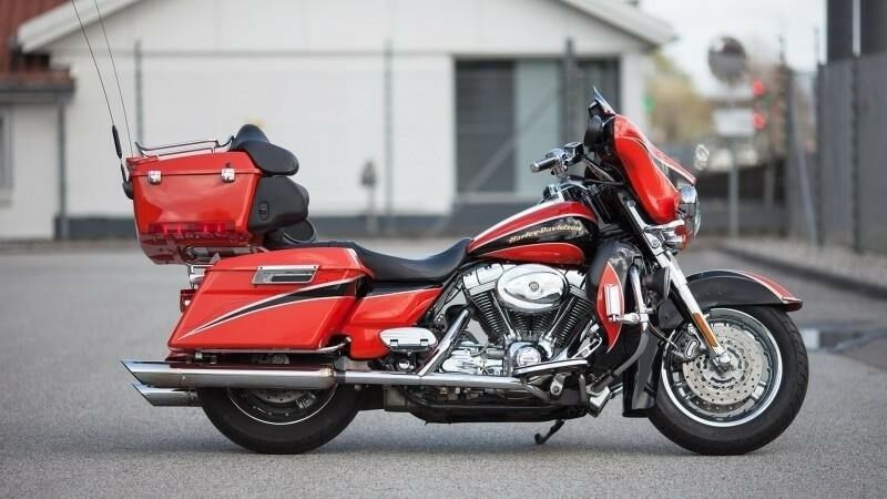 Harley-Davidson, FLHTCSE Screamin Eagle Electra Glide,