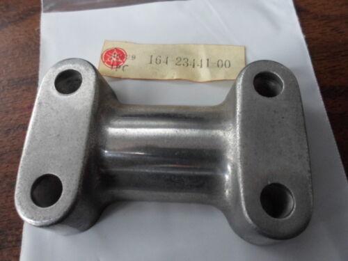 NOS Yamaha Lower Handle Bar Holder YL2 AS2 HS1 CS5 LS2 ET250 VMX540 164-23441-00