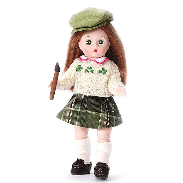 8    Piccolo Piper, International Collezione di Madame Alexeer  è scontato