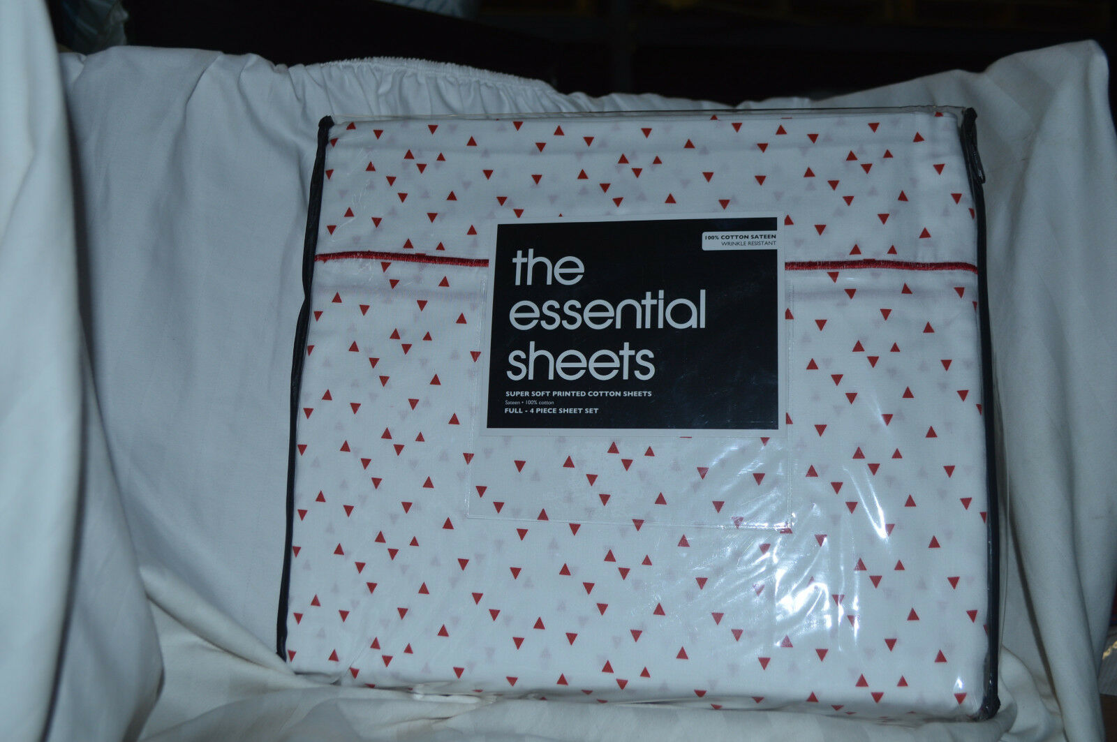 Bloomingdale's-The Essential Sheets 300TC White Red 4PC Full Sheet Set NIP