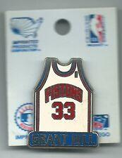 NBA Detroit Pistons Grant Hill #33 Old School Vintage Jersey Pin Rare! Pincard