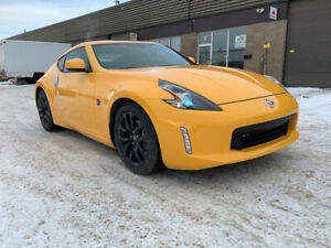 2017 Nissan 370Z only 7,600 kms