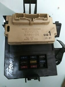 99-01-Toyota-Tacoma-Under-Dash-Fuse-Relay-Junction-Box-82641-04031
