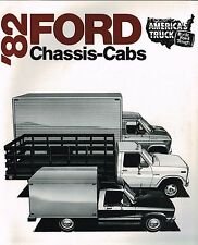1982 Ford CHASSIS CABs TRUCK Brochure w/ Spec's: F-250,350,HD,4x4,Stake,Box,